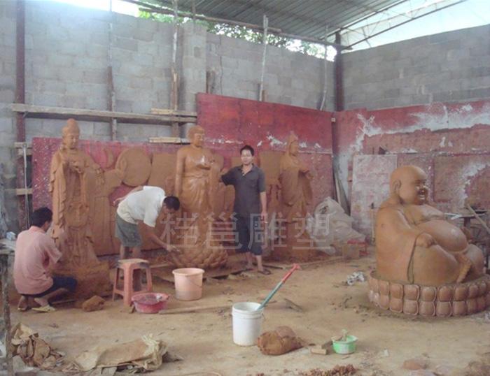 桂平西山所做的佛像泥稿