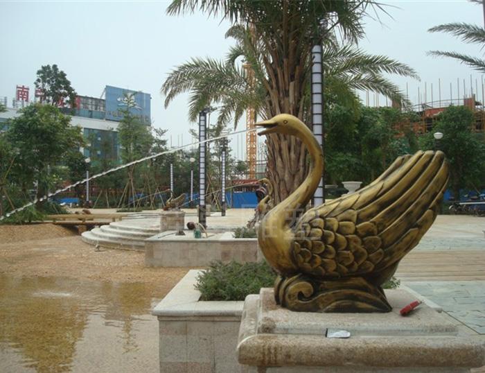 必威体育登录市八桂绿城做的喷水天鹅