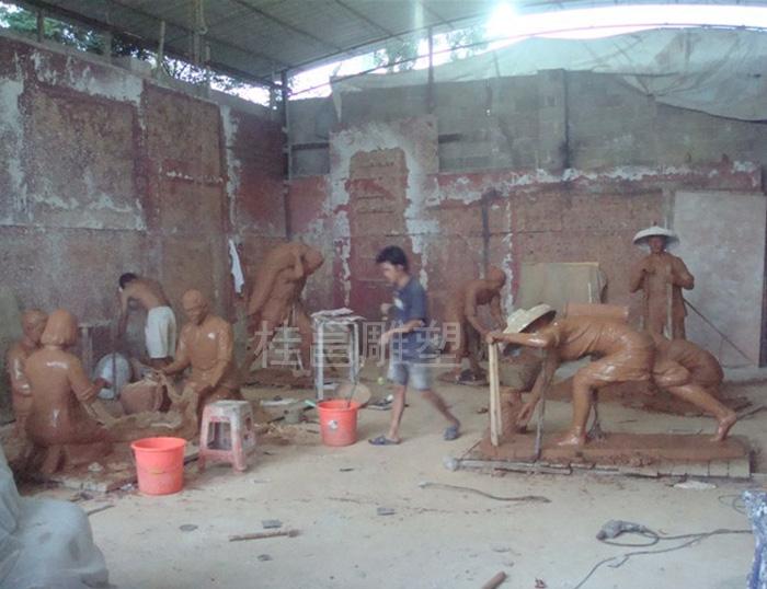 本厂为广州市番禺区石楼镇文化广场所做的群雕泥稿