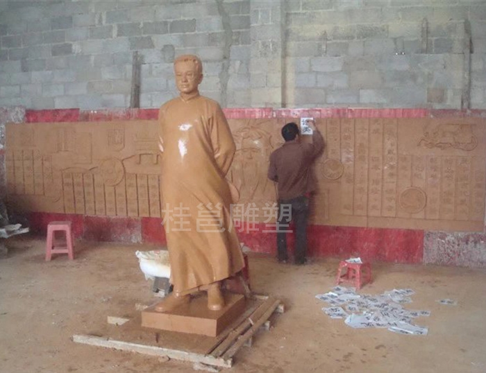 本厂为南宁市上尧小学所做的陶行知雕塑泥稿